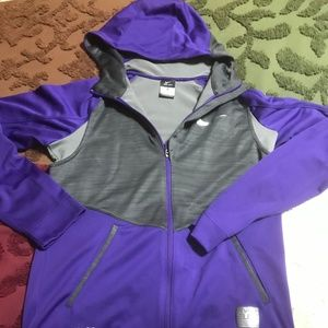 Nike  Dri Fit Hyper Elite Sports Hoodie size Small
